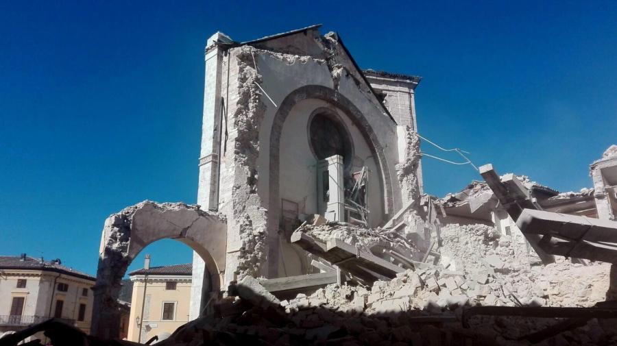 Zniszczona Bazylika Świętego Benedykta w Norcii