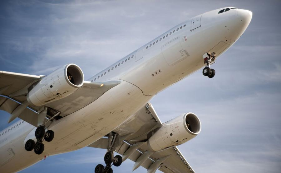 Lądujący Airbus A330