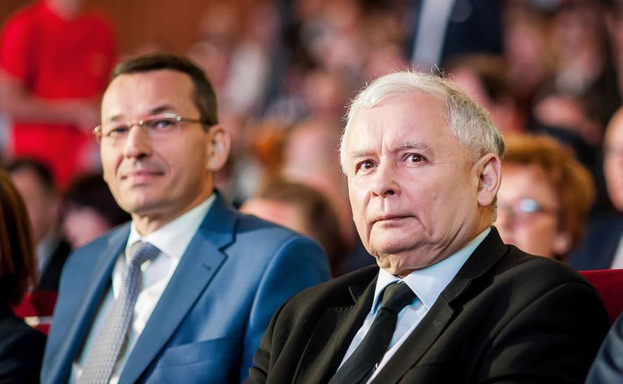 Mateusz Morawiecki i Jarosław Kaczyński na kongresie Impact\'16 Economy