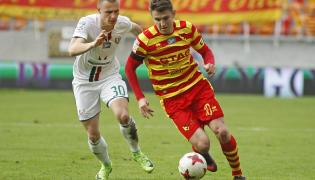 Piłkarz Jagiellonii Białystok Fiodor Cernych (P) i Kamil Dankowski (L) ze Śląska Wrocław